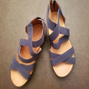 Kenneth Cole Shoes - Kenneth Cole Gentle Souls Blue Sandals Size 9 Med